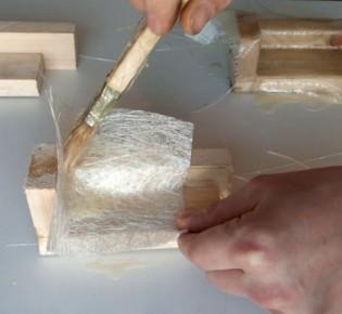 Как работать со стекловолокном и эпоксидной смолой, известные методики