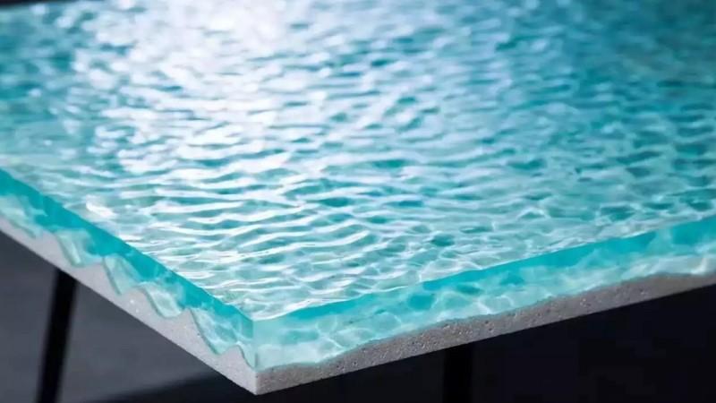 Эпоксидный клей в воде
