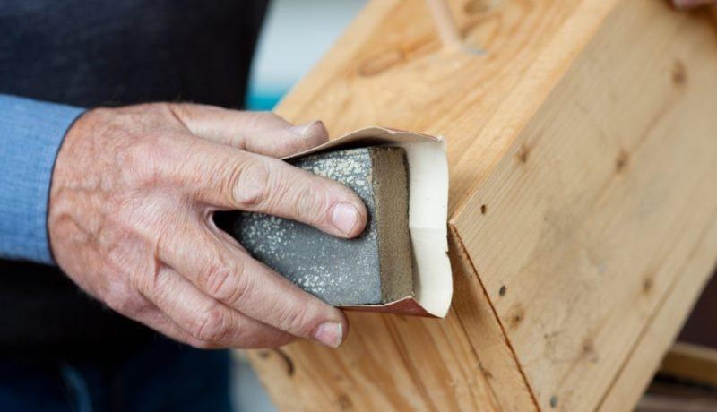 Наждачная бумага для обработки древесины